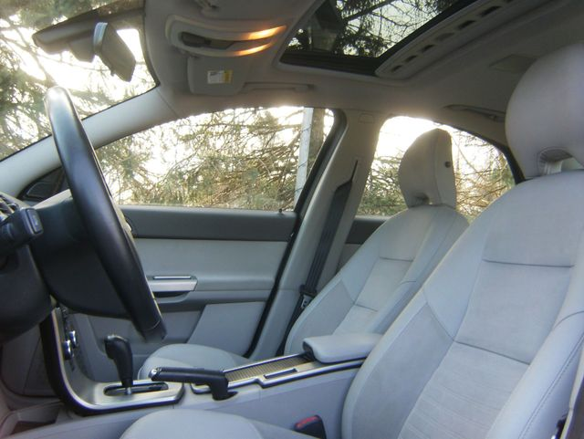 2009 Volvo S40 2.4L Sunroof in West Chester, PA 19382