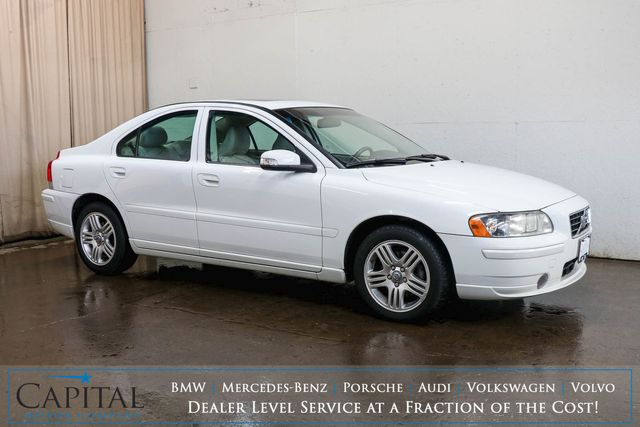2009 Volvo S60 2.5T Turbo Luxury Sedan w/Moonroof, Power Seats w/Memory and 8-Speaker Audio w/Aux in Eau Claire, Wisconsin 54703