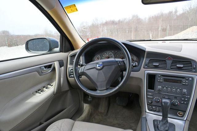 2009 Volvo S60 2.5T w/Sunroof Naugatuck, Connecticut 17