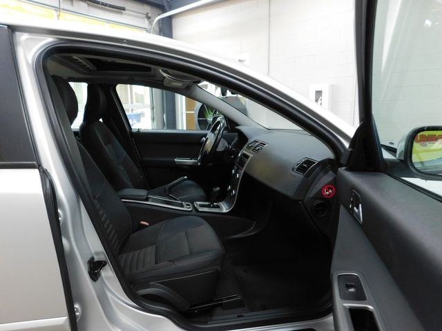 2009 Volvo V50 2.4L in Airport Motor Mile ( Metro Knoxville ), TN 37777