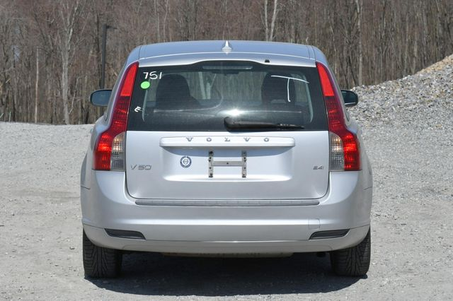 2009 Volvo V50 2.4L Naugatuck, Connecticut 5