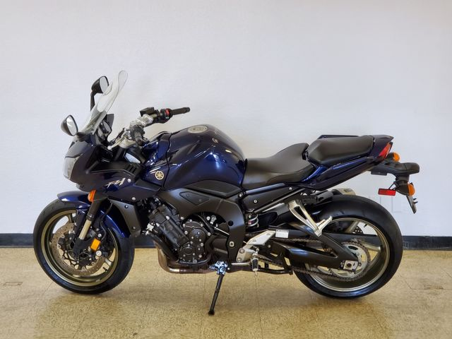 2009 Yamaha FZ 1 in Fort Worth , Texas 76111