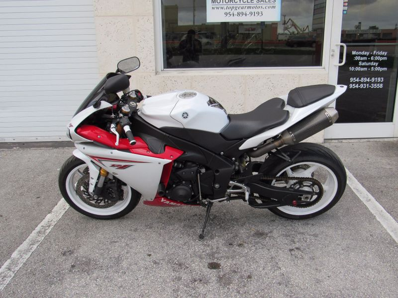 2009 Yamaha YZFR1   city Florida  Top Gear Inc  in Dania Beach, Florida