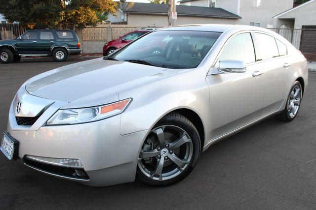 2010 Acura TL LOADED ONE OWNER Tech 18 Wheels in Van Nuys, CA 91406