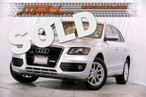 2010 Audi Q5 Premium Plus - 3.2L V6 - Navigation in Los Angeles