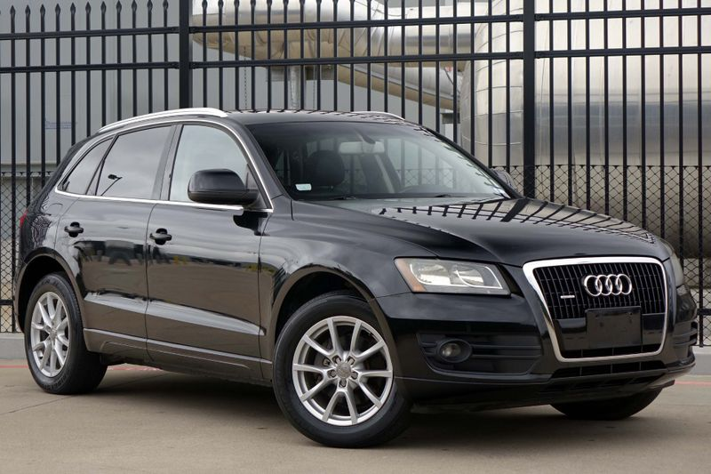 2010 Audi Q5 Premium* Leather* Sunroof* EZ Finance** | Plano, TX | Carrick's Autos in Plano TX