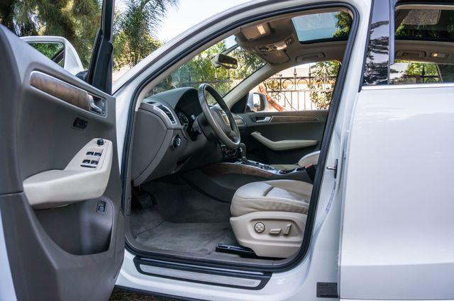 2010 Audi Q5 Premium Plus Reseda, CA 13