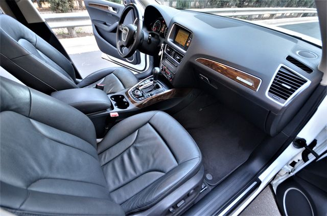 2010 Audi Q5 Premium Plus Reseda, CA 34