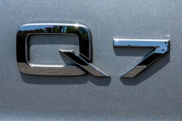 2010 Audi Q7 4.2L Prestige S-LINE in Reseda, CA, CA 91335