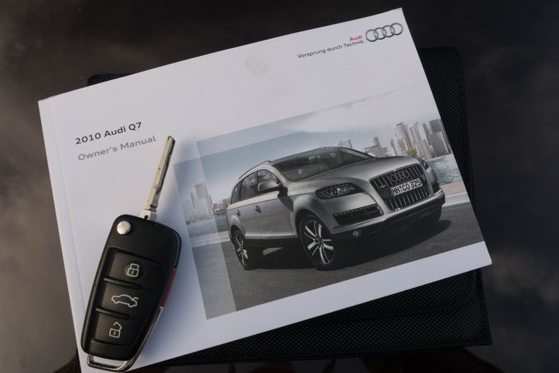 2010 audi q7 36l prestige texas euro 2 motors rh euro2motors com 2010 audi a4 owners manual free pdf 2010 audi a4 owners manual download
