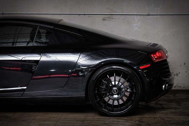 2010 Audi R8 4.2L 6-Speed in Addison TX, 75001