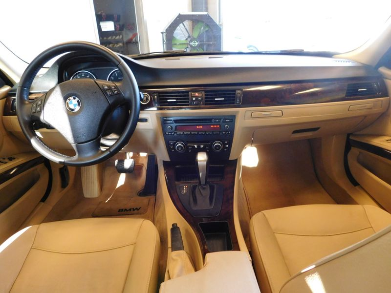 2010 BMW 328i I  city TN  Doug Justus Auto Center Inc  in Airport Motor Mile ( Metro Knoxville ), TN