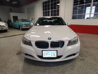 2010 Bmw 328 X-Drive, Extremely CLEAN AND  TIGHT. LIKE NEW! Saint Louis Park, MN 1