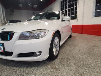 2010 Bmw 328 X-Drive, Extremely CLEAN AND  TIGHT. LIKE NEW! Saint Louis Park, MN 29