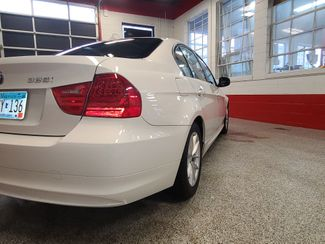 2010 Bmw 328 X-Drive, Extremely CLEAN AND  TIGHT. LIKE NEW! Saint Louis Park, MN 32