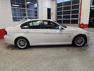 2010 Bmw 328 X-Drive, Extremely CLEAN AND  TIGHT. LIKE NEW! Saint Louis Park, MN 4