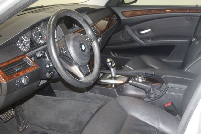 2010 BMW 528i Houston, Texas 10