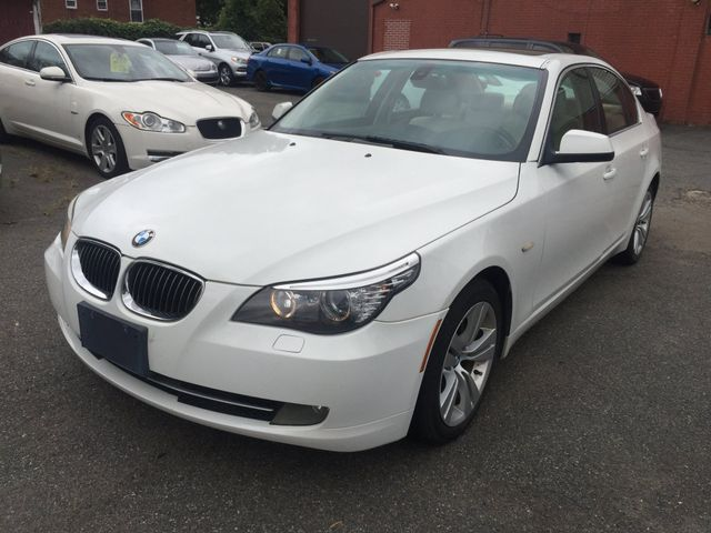 2010 BMW 528i New Brunswick, New Jersey 3