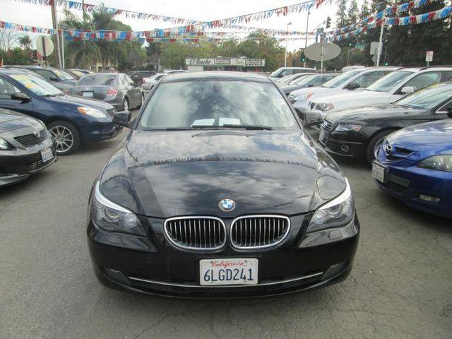 2010 BMW 528i I