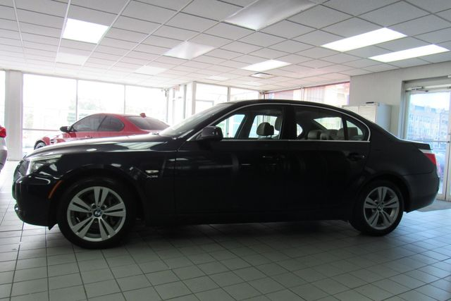 2010 BMW 528i xDrive Chicago, Illinois 4