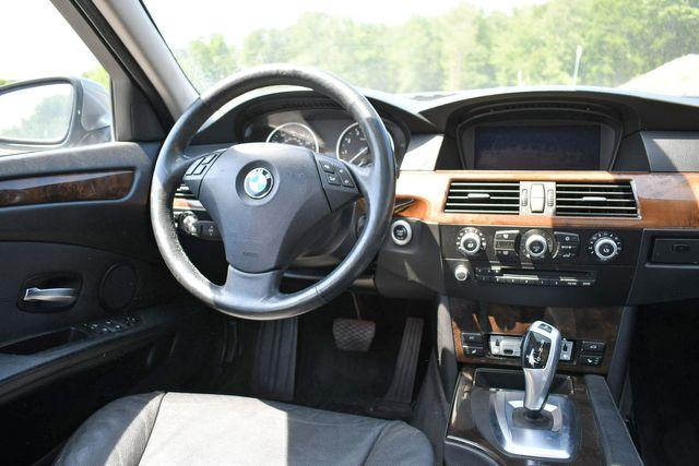 2010 BMW 528i xDrive Naugatuck, Connecticut 16