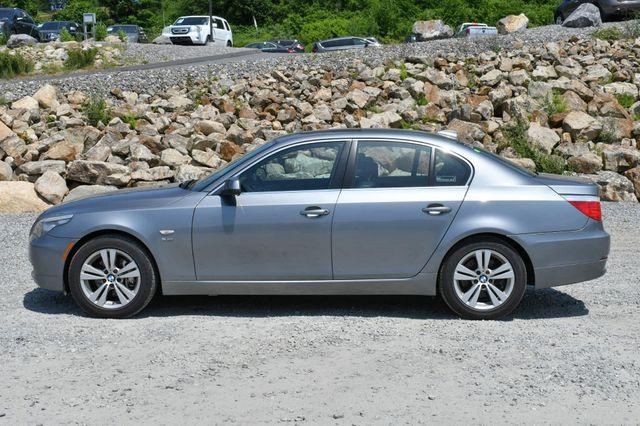 2010 BMW 528i xDrive Naugatuck, Connecticut 3