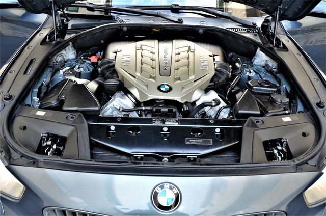 2010 BMW 550i Gran Turismo PREMIUM Reseda, CA 40
