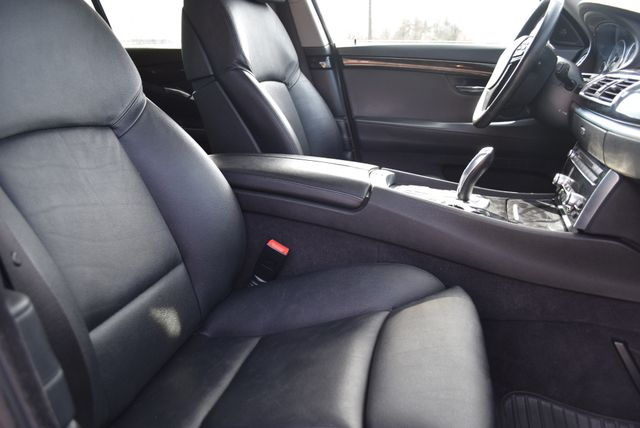 2010 BMW 550i xDrive Gran Turismo Naugatuck, Connecticut 9