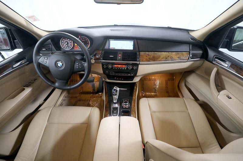 2010 BMW X5 xDrive30i 30i - Navigation - Back upTop view cameras  city California  MDK International  in Los Angeles, California