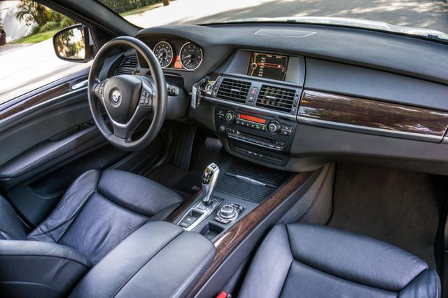 2010 BMW X5 xDrive48i 48i Reseda, CA 38