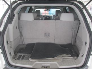 2010 Buick Enclave CXL w/2XL Gardena, California 11