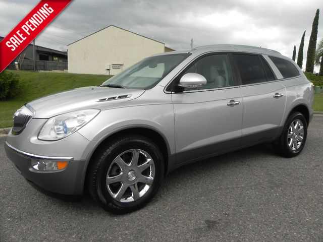 2010 Buick Enclave CXL 1XL w/3rd Row