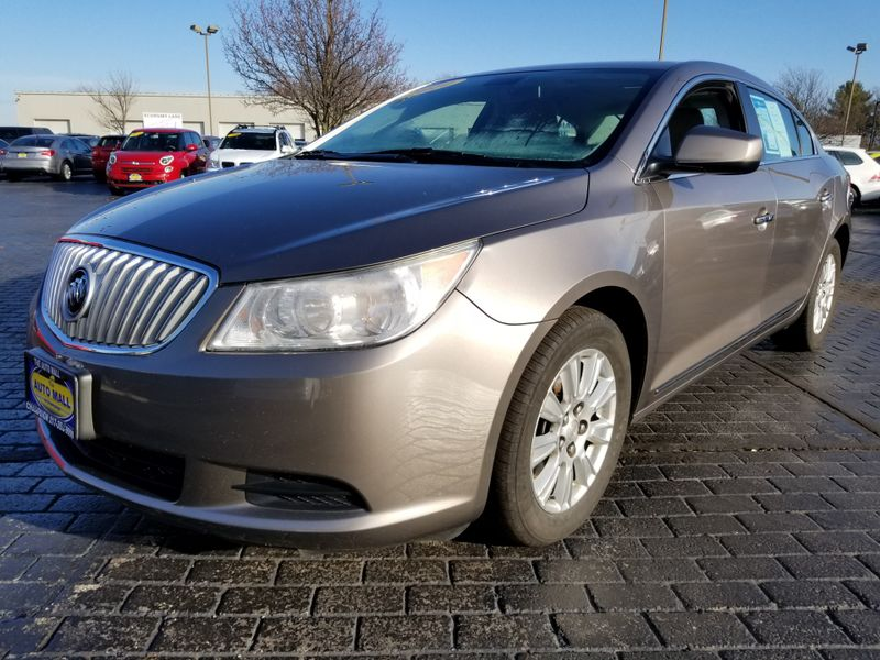 2010 Buick LaCrosse CX | Champaign, Illinois | The Auto Mall of Champaign in Champaign Illinois