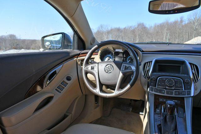 2010 Buick LaCrosse CXL Naugatuck, Connecticut 17