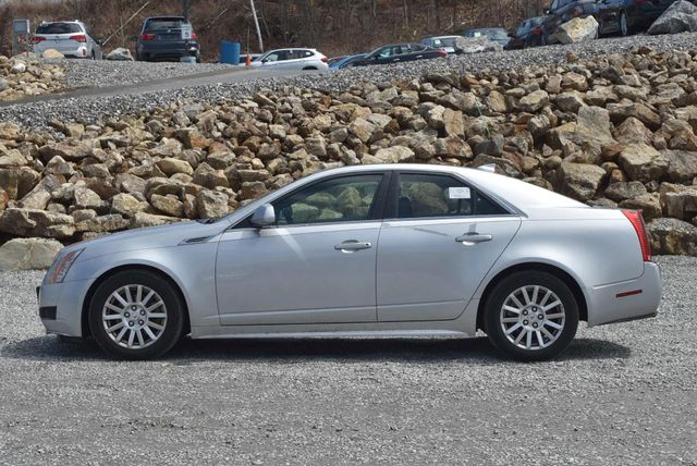 2010 Cadillac CTS Sedan RWD Naugatuck, Connecticut 1