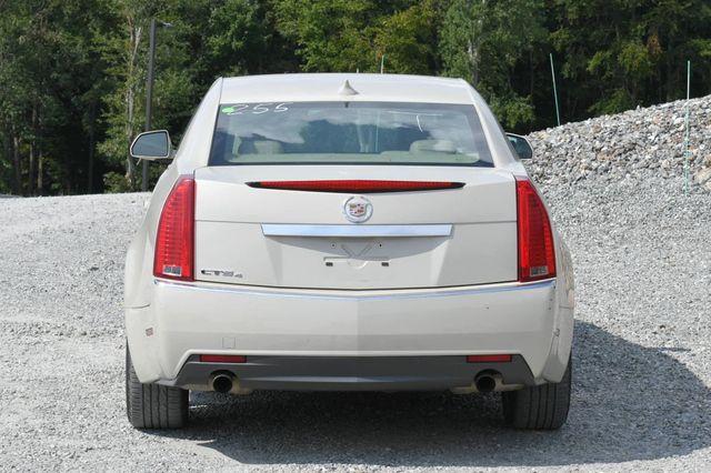 2010 Cadillac CTS Sedan Luxury AWD Naugatuck, Connecticut 3