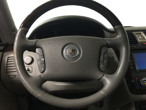 2010 Cadillac DTS *Drive TODAY & Make PAYMENTS* | The Auto Cave in Addison, TX