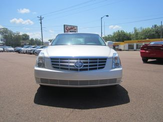 2010 Cadillac DTS w/1SA Batesville, Mississippi 4
