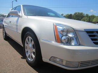 2010 Cadillac DTS w/1SA Batesville, Mississippi 8