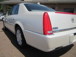 2010 Cadillac DTS w/1SA Batesville, Mississippi 12