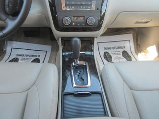 2010 Cadillac DTS w/1SA Batesville, Mississippi 26