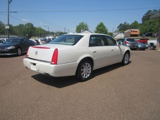 2010 Cadillac DTS w/1SA Batesville, Mississippi 6