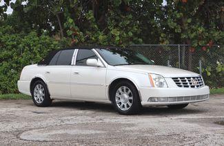 2010 Cadillac DTS w/1SA in Hollywood, Florida 33021