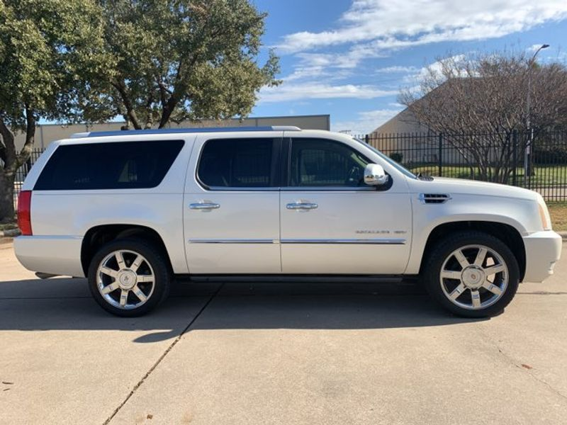 2010 Cadillac Escalade ESV  city TX  MM Enterprise Motors  in Dallas, TX