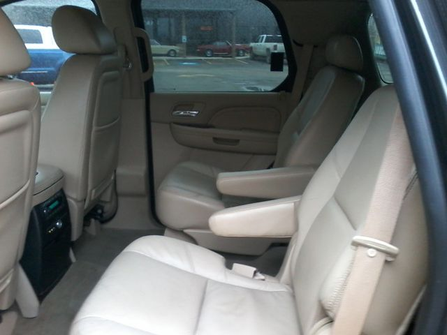 2010 Cadillac Escalade Luxury ,AWD Nav Boerne, Texas 9