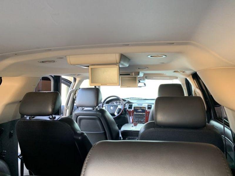 2010 Cadillac Escalade ESV Premium  city TX  MM Enterprise Motors  in Dallas, TX