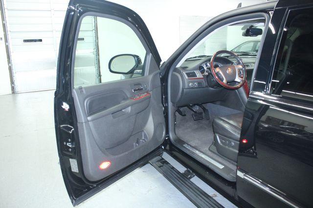 2010 Cadillac Escalade ESV Premium AWD Kensington, Maryland 13