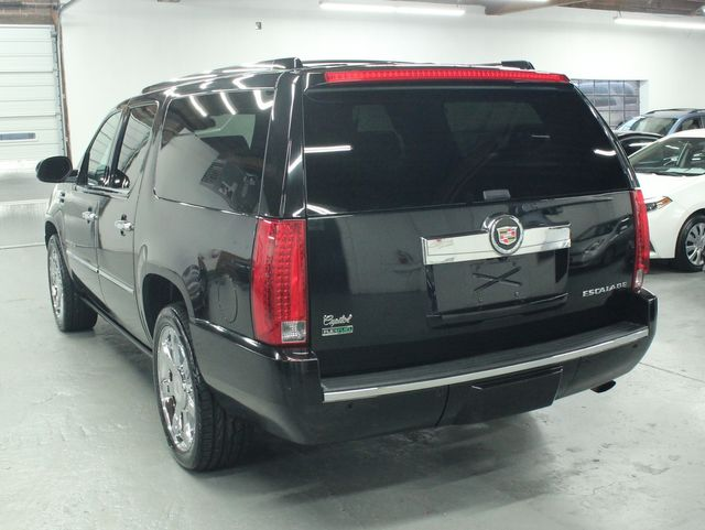 2010 Cadillac Escalade ESV Premium AWD Kensington, Maryland 2