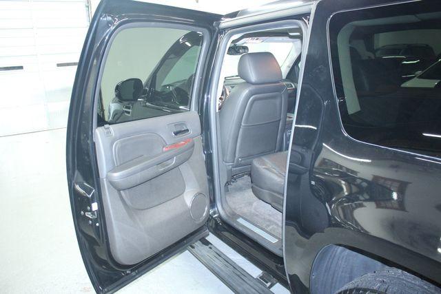 2010 Cadillac Escalade ESV Premium AWD Kensington, Maryland 24