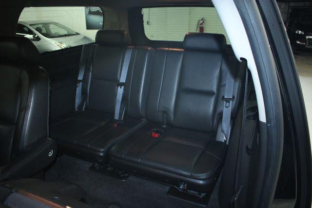2010 Cadillac Escalade ESV Premium AWD Kensington, Maryland 35
